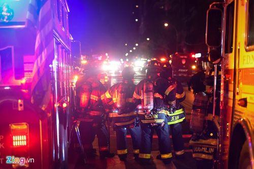 Hiện trường vụ nổ lớn ở New York khiến 29 người bị thương - Ảnh 10
