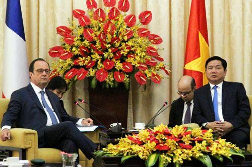 Bí thư Thăng mong muốn Pháp ủng hộ nhiều hơn vào TP HCM - Ảnh 1