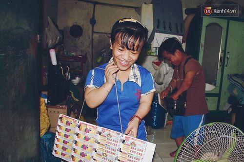 Chuyện tình đẹp như phim của cặp đôi tí hon bán vé số ở Sài Gòn - Ảnh 4