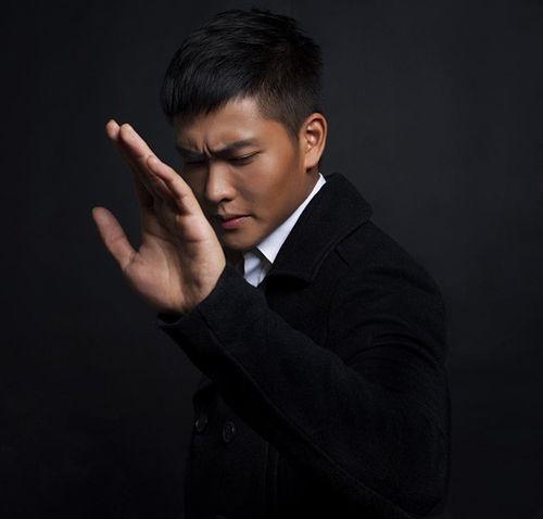 """""""Bấn loạn"""" trước chàng cảnh sát giao thông Việt """"đẹp hơn cả tài tử"""" - Ảnh 4"""