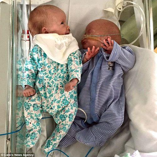 Bà mẹ ung thư đặt cược tính mạng để cho 2 con chào đời  - Ảnh 4