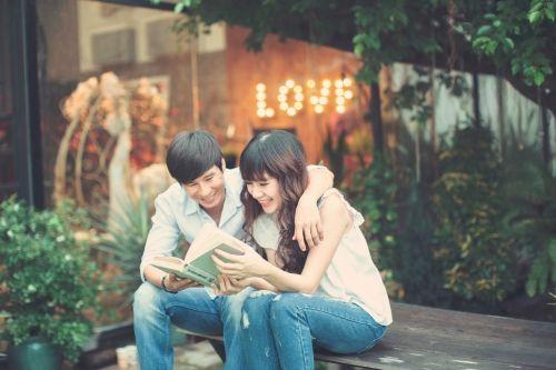 Vợ chồng Lý Hải tình cảm trong bộ ảnh kỷ niệm 5 năm ngày cưới - Ảnh 1