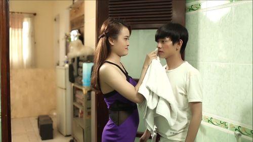 """Hot boy kẹo kéo bị bạn gái phản bội trong MV """"Vì sao người hỡi"""" - Ảnh 3"""
