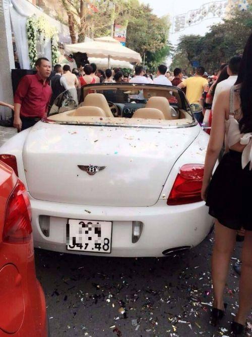 """""""Choáng"""" với màn rước dâu bằng siêu xe khủng ở Nam Định - Ảnh 2"""