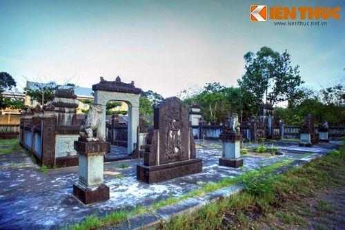 Tận mục mộ đá cổ tuyệt đẹp của đại địa chủ Bến Tre - Ảnh 3