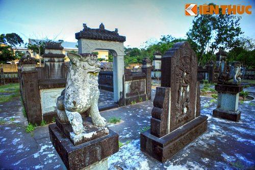 Tận mục mộ đá cổ tuyệt đẹp của đại địa chủ Bến Tre - Ảnh 4