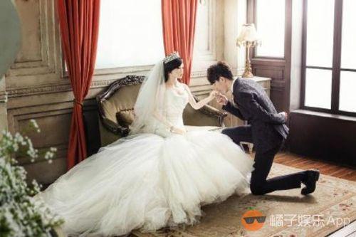 """Xôn xao ảnh cưới tình tứ của hot boy kết hôn với """"búp bê"""" - Ảnh 3"""