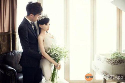 """Xôn xao ảnh cưới tình tứ của hot boy kết hôn với """"búp bê"""" - Ảnh 4"""