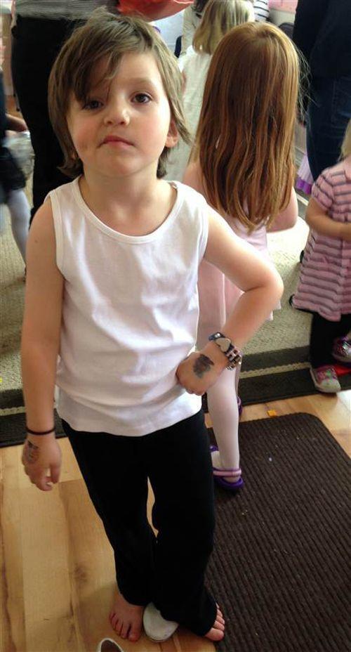 Hạnh phúc của bé gái 5 tuổi chuyển giới - Ảnh 9
