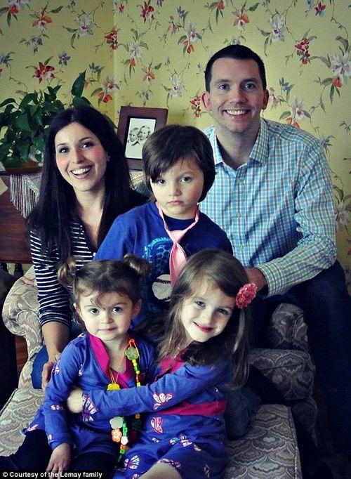 Hạnh phúc của bé gái 5 tuổi chuyển giới - Ảnh 11