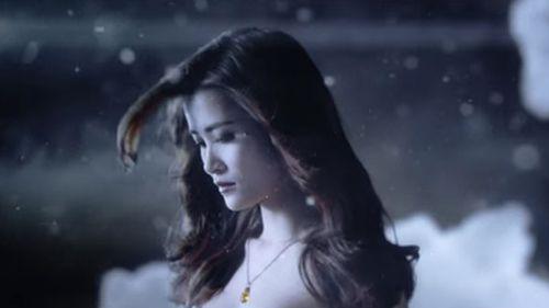 """Xuất hiện MV siêu đẹp """"Vì ai vì anh"""" của Đông Nhi - Ảnh 1"""