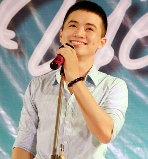 """Thầy giáo """"hot boy"""" Minh Quân lọt top 10 Vietnam Idol - Ảnh 5"""