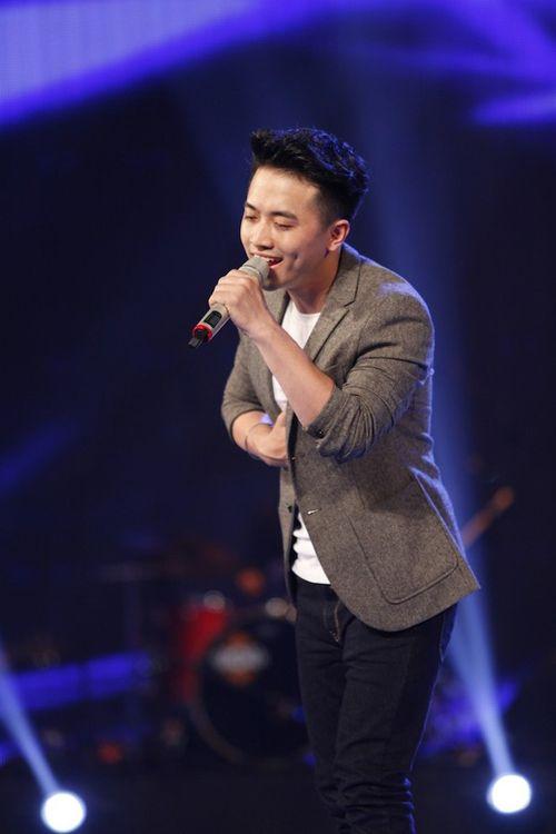 """Thầy giáo """"hot boy"""" Minh Quân lọt top 10 Vietnam Idol - Ảnh 1"""