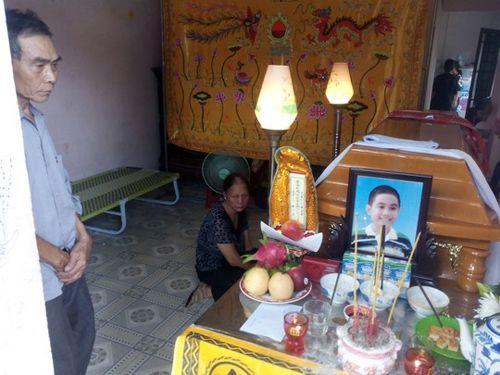 Tình cảnh thương tâm của 4 cháu bé chết trên rạch nước - Ảnh 3