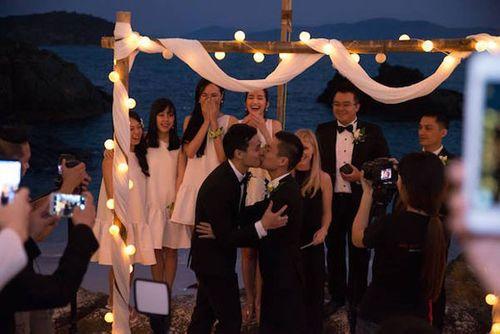 Ngắm ảnh cưới lãng mạn của các cặp đôi đồng tính - Ảnh 2