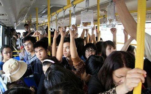 Nữ sinh bị quấy rối trên xe bus: Em đã gào to nhưng mọi người đều im lặng - Ảnh 2
