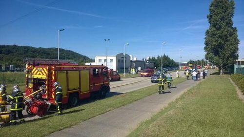 Rúng động vụ tấn công, chặt đầu tại nhà máy gas ở Pháp - Ảnh 2