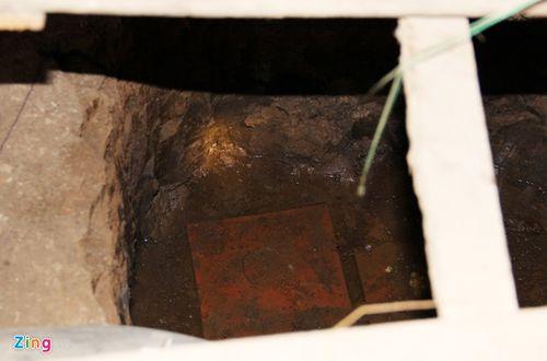 Cảnh sát ập vào hầm bí mật bắt kẻ sát nhân - Ảnh 2