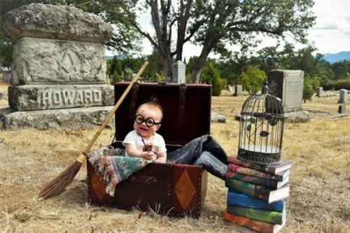 """Em bé hóa thân thành Harry Potter """"siêu đáng yêu"""" - Ảnh 3"""