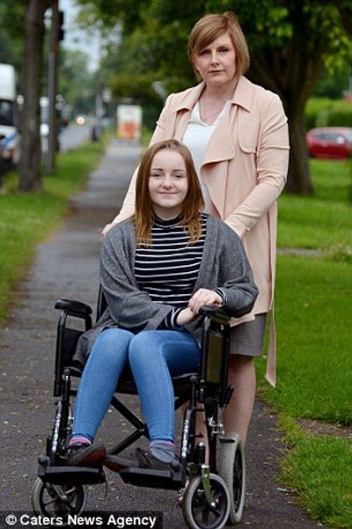 Cô gái không thể nhận ra mẹ sau khi tiêm phòng HPV - Ảnh 1