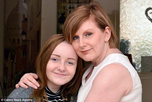 Cô gái không thể nhận ra mẹ sau khi tiêm phòng HPV - Ảnh 2