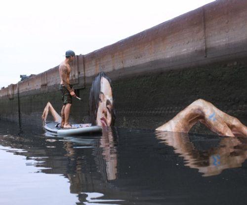 """Chiêm ngưỡng tác phẩm nghệ thuật trên """"mặt nước"""" của nghệ sĩ trẻ - Ảnh 1"""
