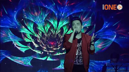 Tan chảy với giọng hát live cực ấm của Quang Hà - Ảnh 1