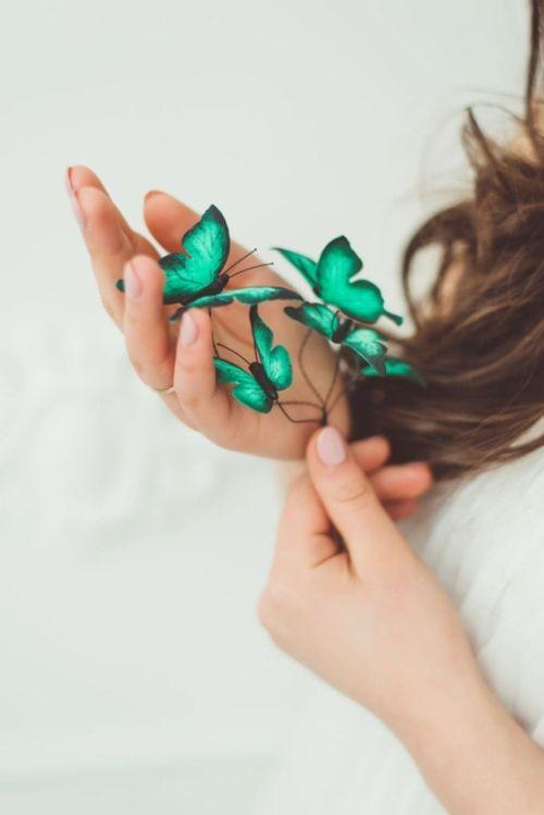 Mê mẩn loại bờm tóc lên ý tưởng từ các loài bướm rực rỡ - Ảnh 6