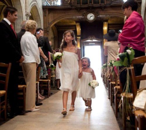 """Những tình huống """"cười ra nước mắt"""" trong lễ cưới - Ảnh 7"""
