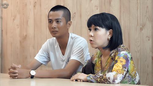 Việt Hương vừa ăn vừa toát mồ hôi với mỳ cay cấp độ 7 - Ảnh 1