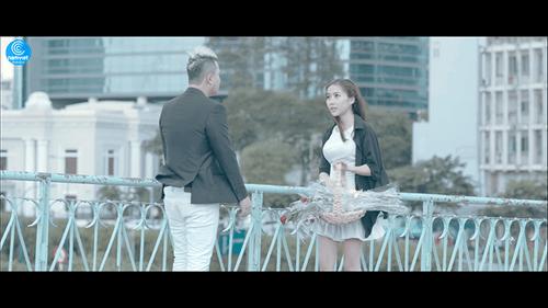 """Sky Nguyễn """"thành đôi"""" với fangirl trong MV mới """"Say nhưng không lầm"""" - Ảnh 2"""