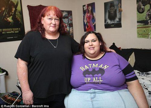 Chàng trai vỗ béo bạn gái vì yêu thích hình mẫu mập mạp - Ảnh 5