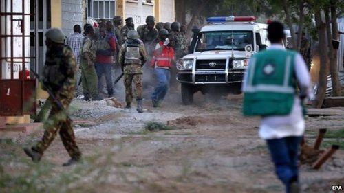 Thảm sát kinh hoàng ở trường học Kenya khiến 147 người thiệt mạng - Ảnh 1