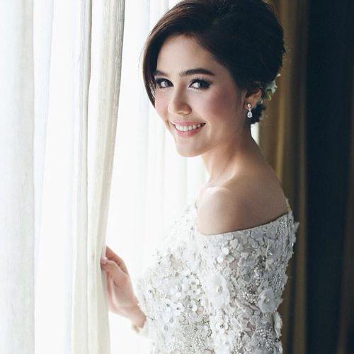 """Thái Lan: Đại gia chi 70 tỷ đồng để đính hôn với """"mỹ nhân không tuổi"""" - Ảnh 1"""