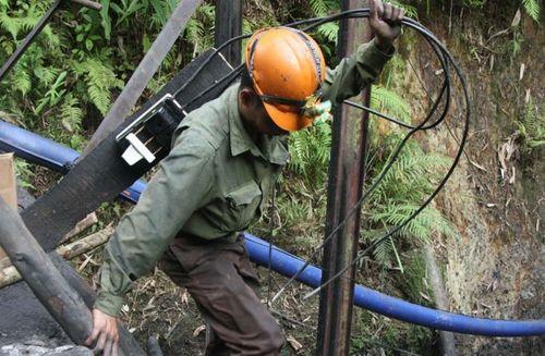 Tìm thấy nạn nhân thứ 2 vụ sập mỏ than ở Hòa Bình - Ảnh 1