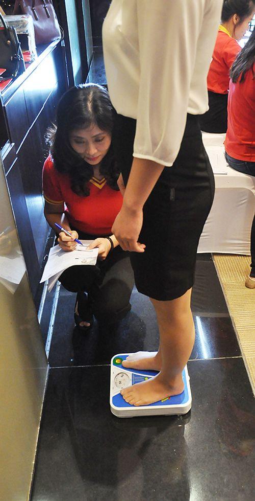 Những điều thú vị trong cuộc thi tuyển tiếp viên hàng không Việt Nam - Ảnh 9