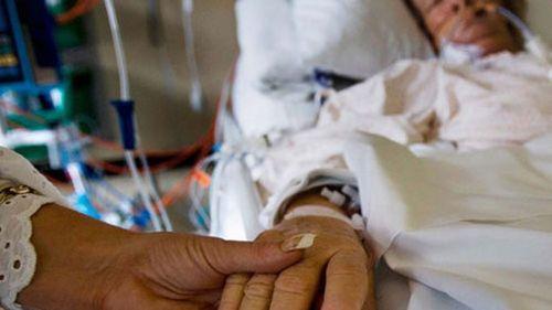 Đề xuất quyền được chết: Bác sĩ nói gì về mũi tiêm nhân đạo? - Ảnh 1