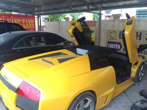 """Thủ đoạn biến """"Lamborghini giả"""" thành thật của giảng viên đại học - Ảnh 2"""