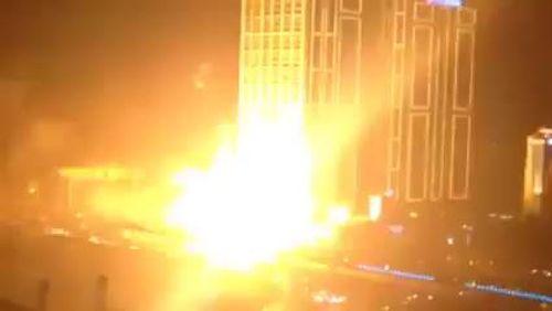 Cao ốc Hà Nội nổ như bom, dân vứt xe bỏ chạy - Ảnh 1