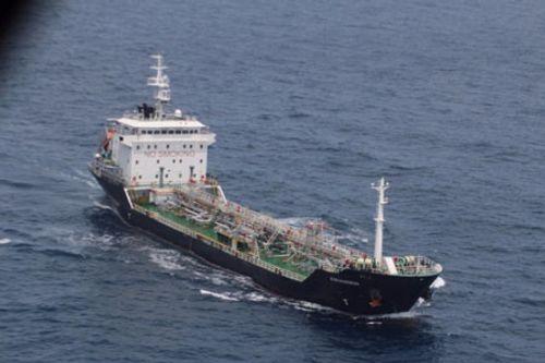 CSB Việt Nam bắt giữ 8 cướp biển bỏ chạy từ tàu Malaysia - Ảnh 2