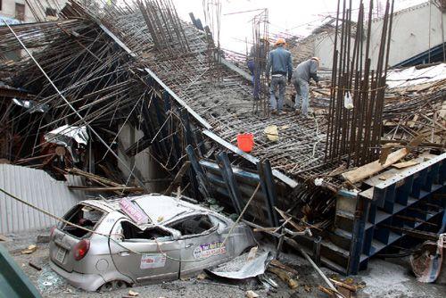 Vụ công nhân rơi khỏi công trình đường sắt trên cao: Ban quản lý dự án nói gì?  - Ảnh 2