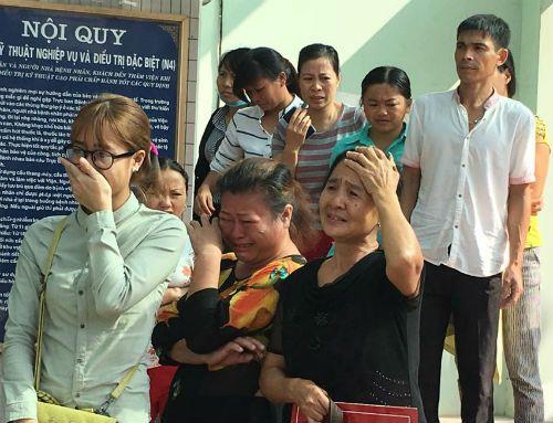 Người chồng bán nước trong vụ nổ bốt điện ở phố Trưng Nhị đã tử vong - Ảnh 1