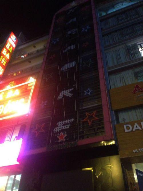 Các quán karaoke Cầu Giấy có thực hiện nghiêm việc dừng hoạt động? - Ảnh 3