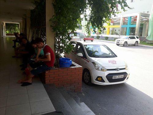 Độc quyền taxi ABC: Giám đốc bệnh viện Nhi nói gì? - Ảnh 2