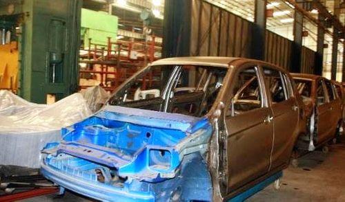 Nhà máy ôtô ngàn tỷ bán sắt vụn: Đại gia sạt nghiệp - Ảnh 2