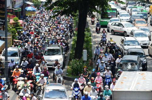 Đề xuất dự án 3.500 tỷ giải quyết ùn tắc giao thông sân bay Tân Sơn Nhất - Ảnh 1