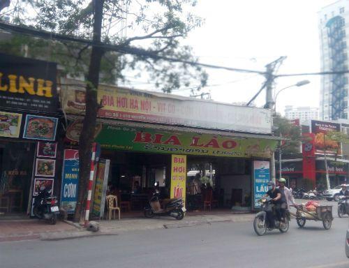 Những quán bia đang bức tử vỉa hè Hà Nội - Ảnh 4