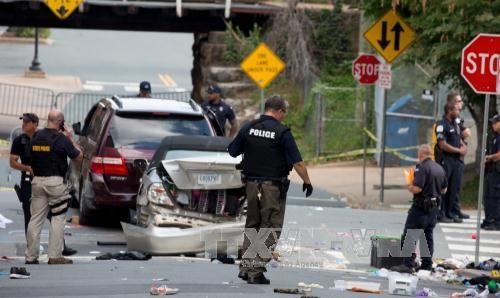 FBI mở cuộc điều tra vụ xe ô tô đâm khiến 20 người thương vong - Ảnh 1