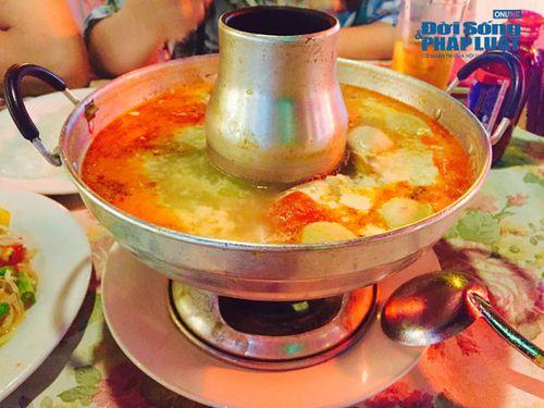 Canh chua cay Tom Yum Goong: Thơm nồng, nhớ lâu - Ảnh 2