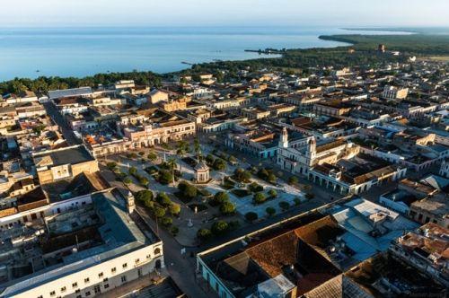 Vẻ đẹp của quốc đảo Cuba qua ảnh chụp trên không hiếm có  - Ảnh 4
